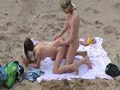 69, levrette et cow-girl sur la plage